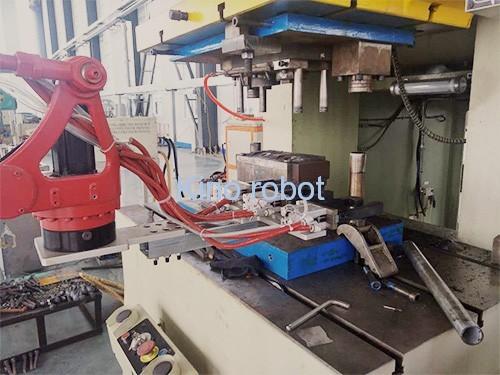 冲床自动化机械手